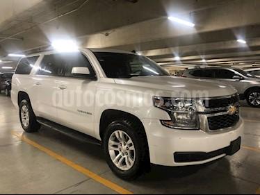 Foto venta Auto usado Chevrolet Suburban LT (2017) color Blanco precio $635,000
