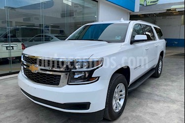 Foto venta Auto usado Chevrolet Suburban LT (2019) color Blanco precio $929,000