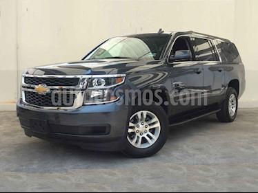 Foto venta Auto usado Chevrolet Suburban LT (2019) color Gris precio $929,000