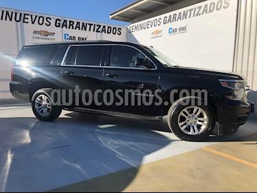 Chevrolet Suburban LT Piel Banca usado (2015) color Negro precio $560,000