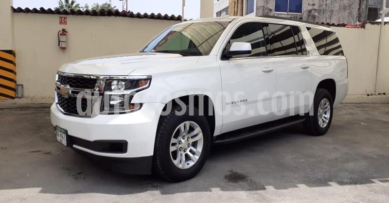 Chevrolet Suburban LT Piel usado (2019) color Blanco precio $749,900