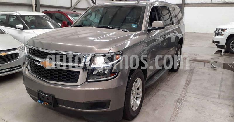 Chevrolet Suburban 5p LT V8/5.3 Aut Piel 2da/Banca usado (2019) color Cafe precio $719,900