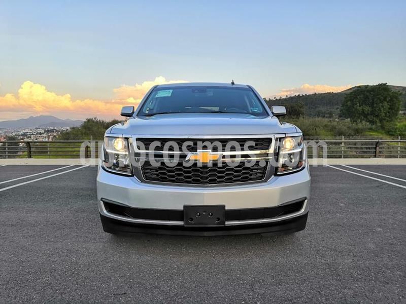 Chevrolet Suburban LT Piel usado (2017) color Plata Dorado precio $690,000