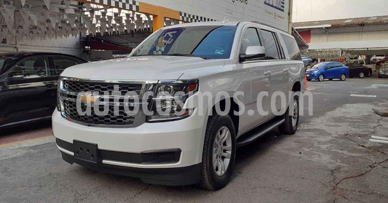 Chevrolet Suburban LT Piel Banca usado (2019) color Blanco precio $739,900