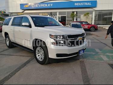Chevrolet Suburban LT Piel Banca usado (2019) color Blanco precio $923,000