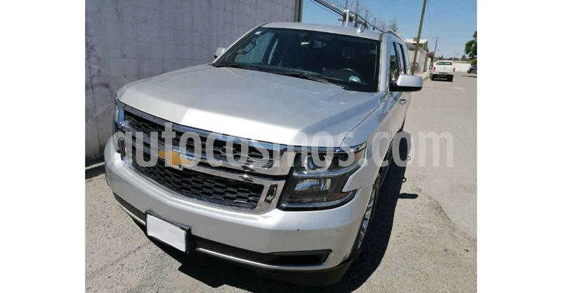 Chevrolet Suburban LS Tela usado (2018) color Plata precio $549,900