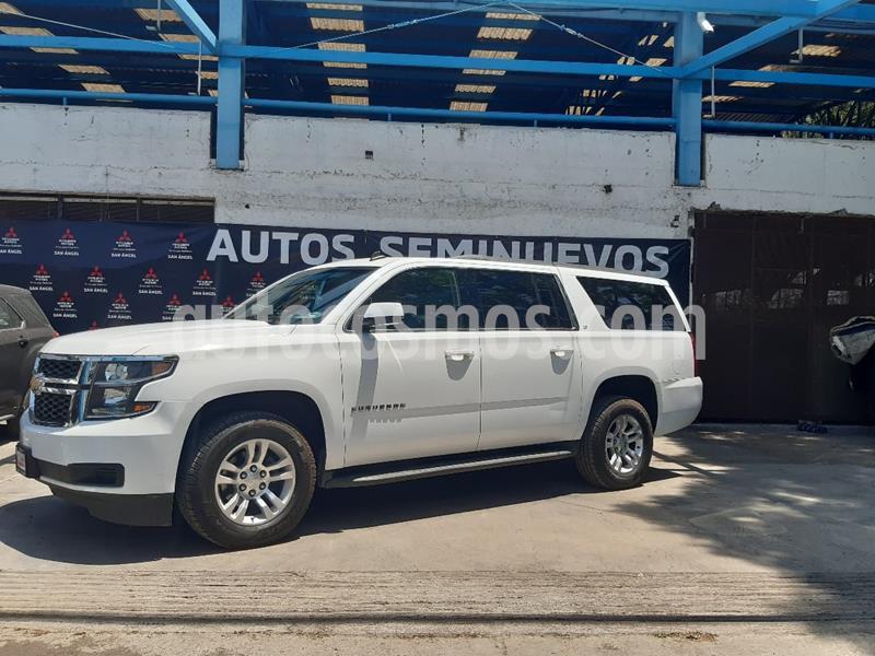 Chevrolet Suburban Paq B usado (2017) color Blanco precio $599,000