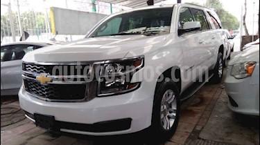 Chevrolet Suburban 5p LT V8/5.3 Aut Piel 2da/Banca usado (2019) color Blanco precio $719,900