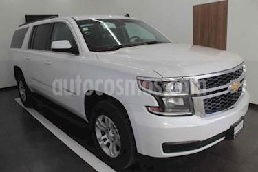 Chevrolet Suburban LS Tela usado (2016) color Blanco precio $485,000