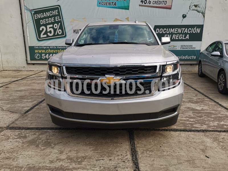 Chevrolet Suburban LT Piel Cubo usado (2020) color Plata Brillante precio $919,000