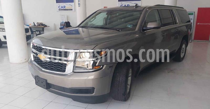 Chevrolet Suburban LT Piel Banca usado (2019) color Gris precio $709,900