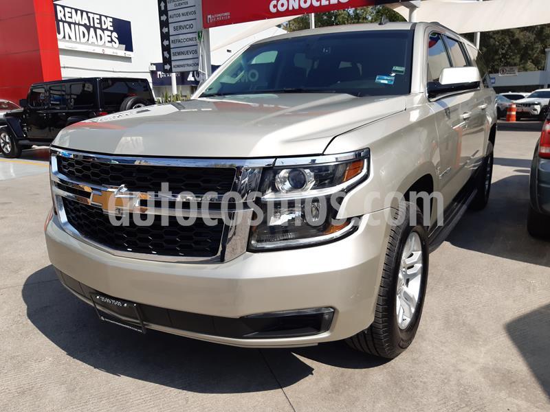 Chevrolet Suburban LS Tela usado (2017) color Bronce precio $585,000