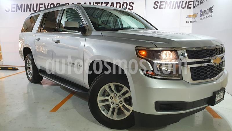 Chevrolet Suburban LS Tela usado (2019) color Plata Brillante precio $770,000