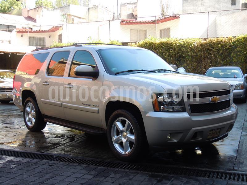 Chevrolet Suburban LT Piel Cubo usado (2007) color Plata precio $170,000