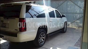 Chevrolet Suburban Paq D (295 Hp) Piel y DVD usado (2010) color Blanco precio $220,000
