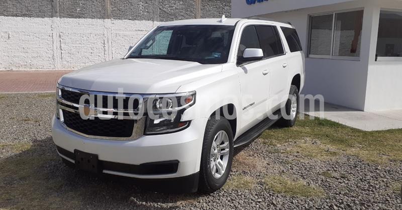 Chevrolet Suburban LT Piel usado (2019) color Blanco precio $699,900