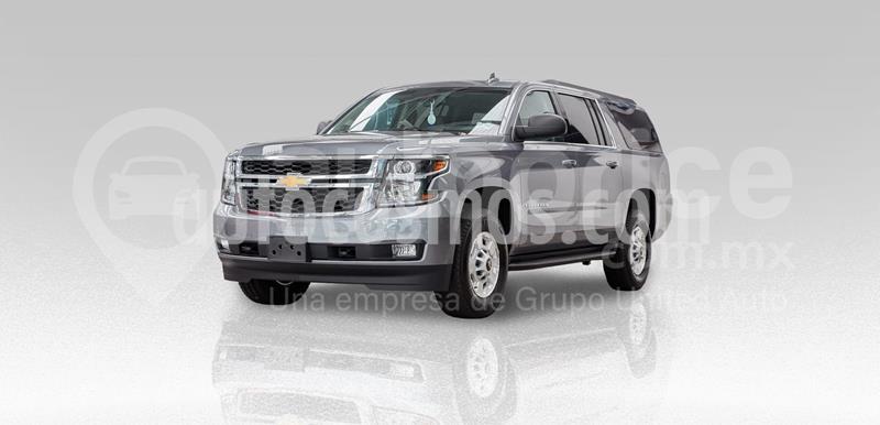 Chevrolet Suburban Paq G Tres Cuartos 4x4 usado (2019) color Gris precio $1,537,000