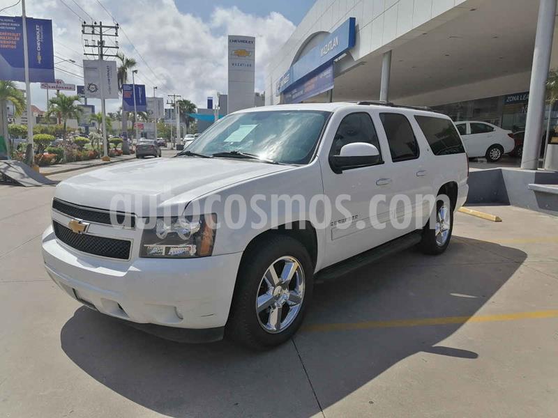 Chevrolet Suburban LT usado (2013) color Blanco precio $298,000