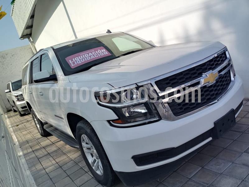 Chevrolet Suburban LS Tela usado (2016) color Blanco precio $525,000