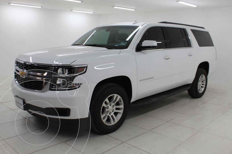 Foto Chevrolet Suburban LS Tela usado (2019) color Blanco precio $738,000