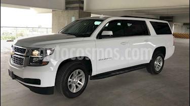 Chevrolet Suburban LS Tela usado (2019) color Blanco precio $745,000