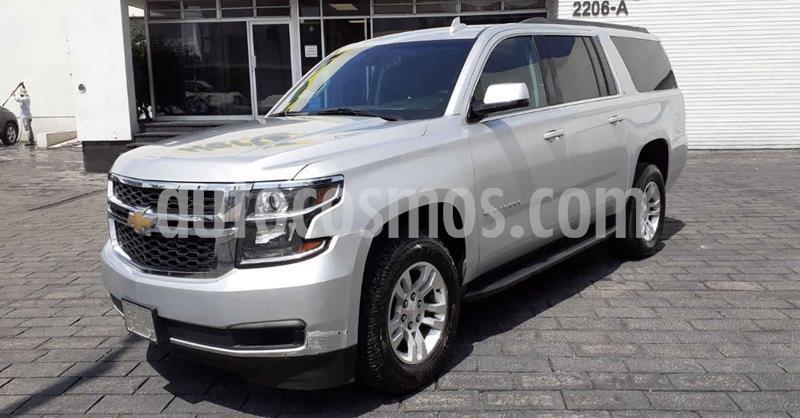 Chevrolet Suburban LT Piel Banca usado (2019) color Plata precio $749,900