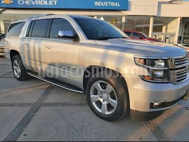 Chevrolet Suburban Premier Piel 4x4 usado (2018) color Champagne precio $810,000