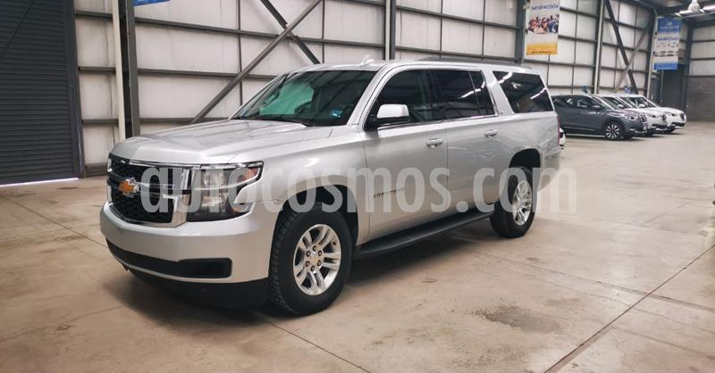 Chevrolet Suburban LT Piel usado (2019) color Plata Dorado precio $729,900