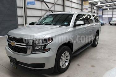 Chevrolet Suburban 5p LT V8/5.3 Aut Piel 2da/Banca usado (2019) color Plata precio $829,800