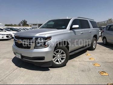 Chevrolet Suburban 5p LT V8/5.3 Aut Piel 2da/Banca usado (2019) color Plata precio $759,900