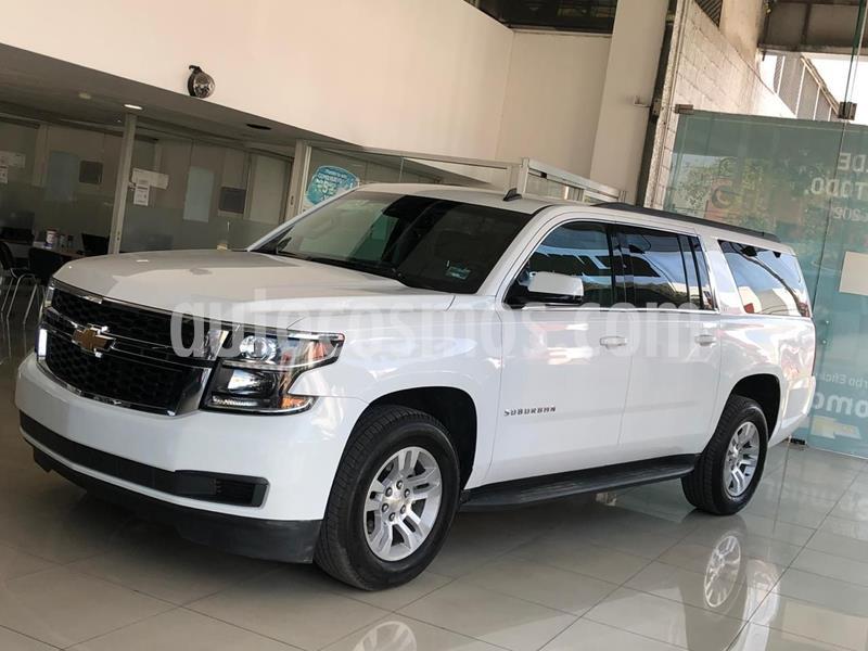 Chevrolet Suburban LT Piel usado (2017) color Blanco precio $695,000