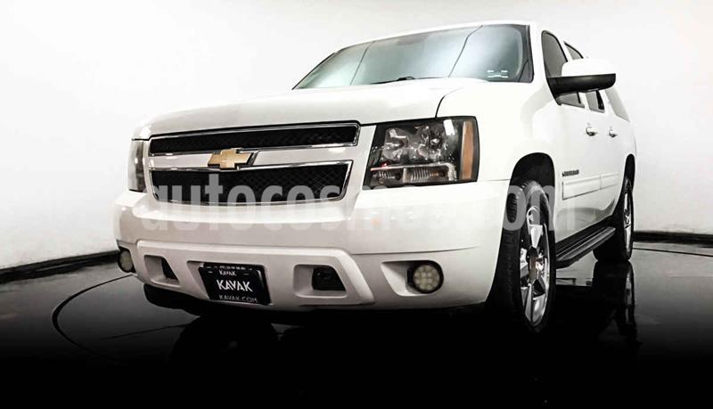 Chevrolet Suburban LT Piel Banca usado (2014) color Blanco precio $357,999