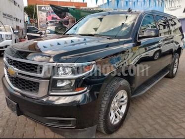 Chevrolet Suburban 5P LS 5.3L TA RA-18 usado (2016) color Negro precio $475,000