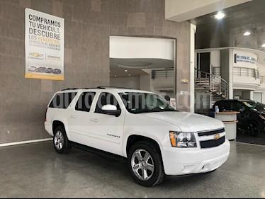 Chevrolet Suburban LT Piel Cubo usado (2013) color Blanco precio $315,000