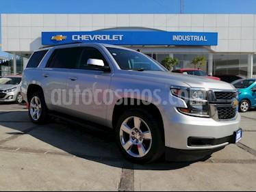 Chevrolet Tahoe LT Piel Cubo usado (2015) color Plata Brillante precio $520,000