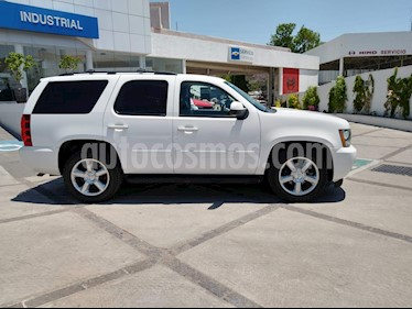Chevrolet Tahoe LT Piel Cubo usado (2014) color Blanco precio $378,000