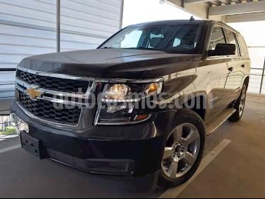 Chevrolet Tahoe 5p LT V8/5.3 Aut 2da/cubo usado (2016) color Negro precio $630,000