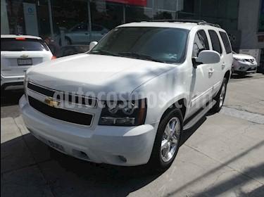 Chevrolet Tahoe D 5p SUV aut piel CD 2a fila asientos usado (2011) color Blanco precio $280,000