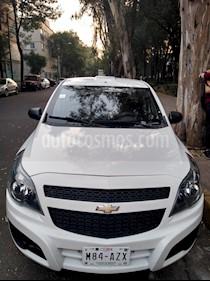 Chevrolet Tornado LS Ac usado (2014) color Blanco Nieve precio $160,000