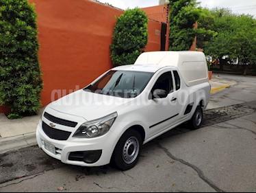 Chevrolet Tornado LS Ac usado (2013) color Blanco Nieve precio $135,000