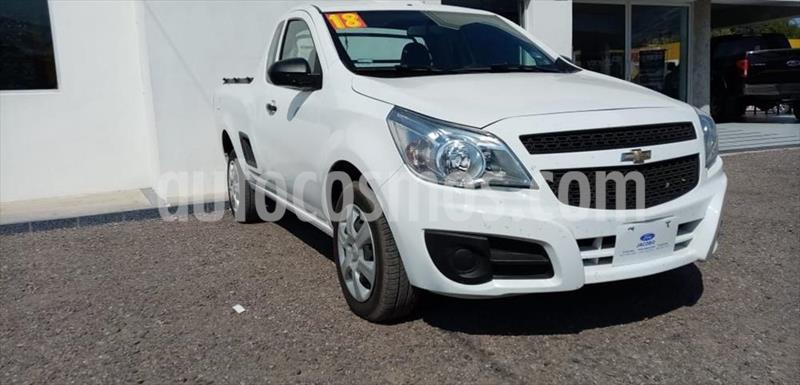 Chevrolet Tornado LS A/A usado (2018) color Blanco precio $199,000