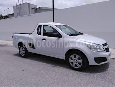 Chevrolet Tornado LS Ac usado (2017) color Blanco precio $190,000