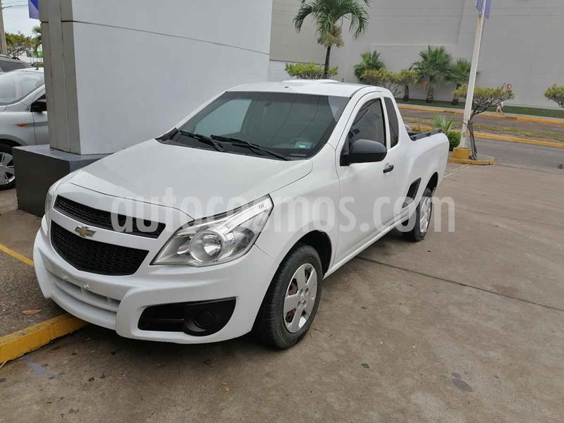Chevrolet Tornado LS usado (2015) color Blanco precio $158,000