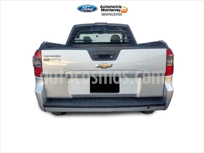 Chevrolet Tornado LS usado (2018) color Plata precio $199,900