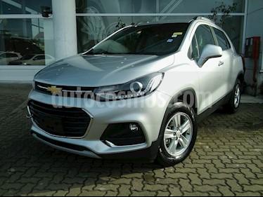 Foto venta Auto nuevo Chevrolet Tracker Premier 4x2 color Plata Switchblade precio $709.000