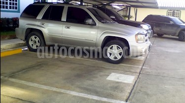 Foto venta carro usado Chevrolet Trail Blazer Auto. 4x2 (2007) color Plata precio u$s4.500