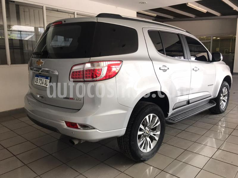 Chevrolet Trailblazer 2.8L 4x4 LTZ AT usado (2017) color Gris Claro precio $3.790.000