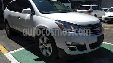 Foto Chevrolet Traverse 5p LT V6/3.6 Aut 7/Pas usado (2017) color Blanco precio $390,000