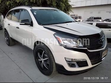Foto venta Auto usado Chevrolet Traverse LT (2014) color Blanco precio $299,000