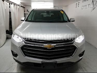 Chevrolet Traverse LT 7 Pasajeros usado (2020) color Plata Brillante precio $699,000